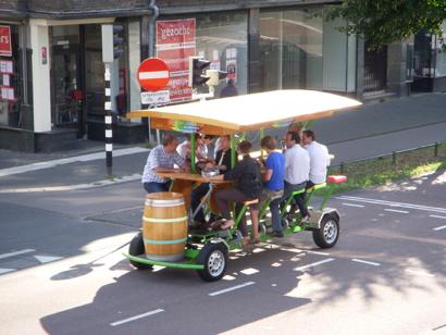 le beer bike, une activité fun pour un evg original