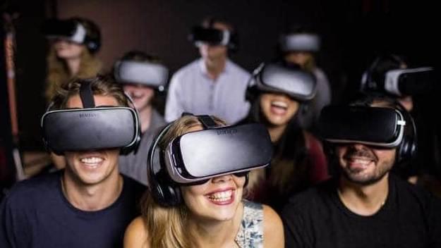 Photo l'actualité : La VR en famille, pour les grands et les petits